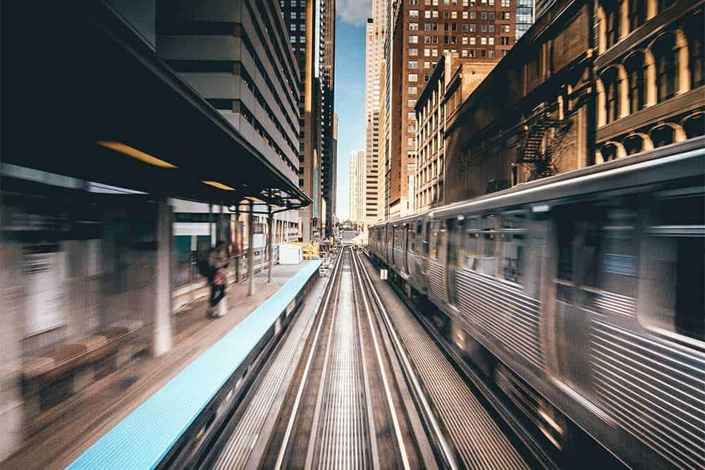 vue d'un métro en mouvement